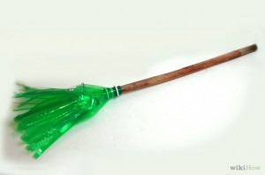 670px-Make-a-Recycled-Bottle-Broom-Intro
